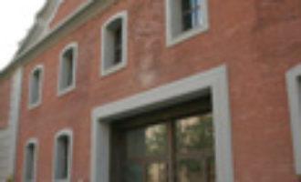 Las Naves i la Universitat Popular posen en marxa l'Escola de Ciutadania