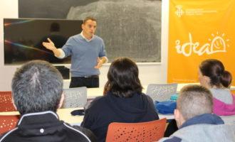 L'Ajuntament d'Alzira amplia els tallers JOOP per a afavorir a l'èxit dels joves