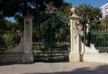 Tancats els parcs i jardins amb tanca per l'alerta de ratxes fortes de vent