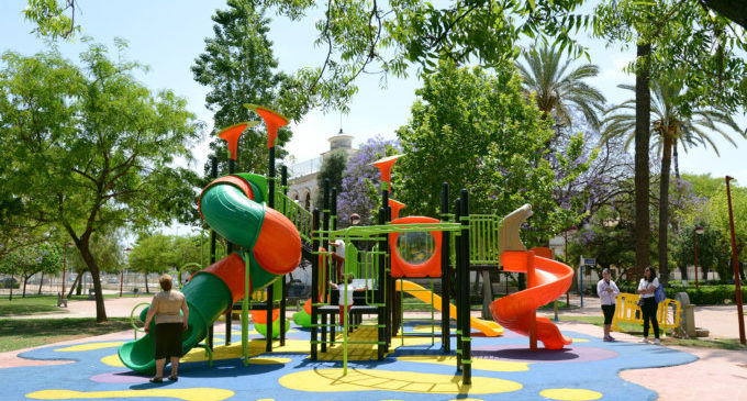 Paiporta restringe el lanzamiento de petardos en las zonas de juegos infantiles