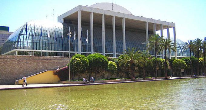 El Palau de la Música agraïx a Yaron Traub el seu treball i implicació amb l'Orquestra de València