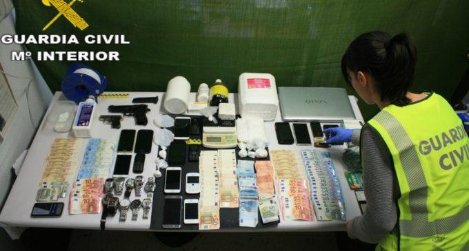 La Guàrdia Civil desmantella un punt de venda de drogues important a Cullera