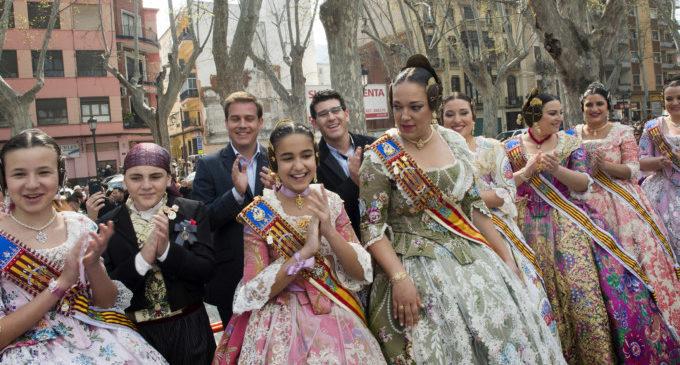 Rodríguez destaca la aportación de las Fallas de Xàtiva a la declaración de la fiesta como patrimonio universal