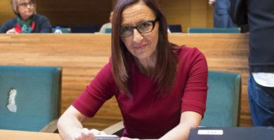 """Maria Josep Amigó: """"Ens queda molt camí per fer, s'haurien de denunciar estos fets i no permetre que et facen baixar la cara per parlar en la nostra llengua"""""""