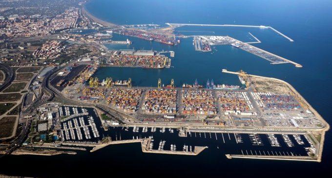 Visita els caçamines en el port de València