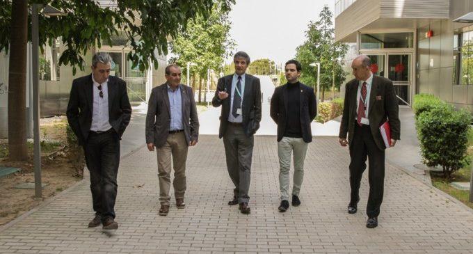 L'Alcalde de Paterna visita el Parc Científic al costat del rector de la Universitat de València