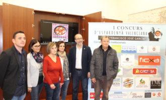 """Alzira presenta la primera edició del Concurs d'espardenyà valenciana """"Francisco José García"""""""
