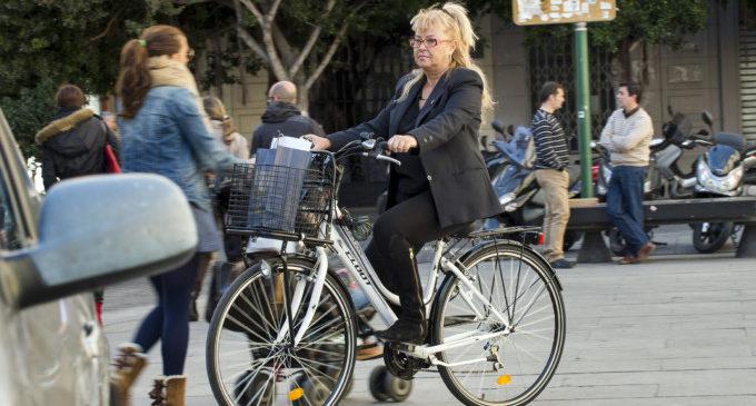La Diputació aposta per la cultura de la bicicleta en trajectes urbans i amb una xarxa de vies per a vianants i ciclistes