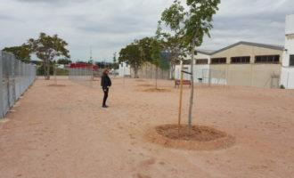 Paterna obre un nou parc caní al polígon Font del Jarro
