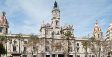 El Ple demana als ministeris d'Agricultura i Hisenda que cedisquen a l'Ajuntament les accions de Mercavalència