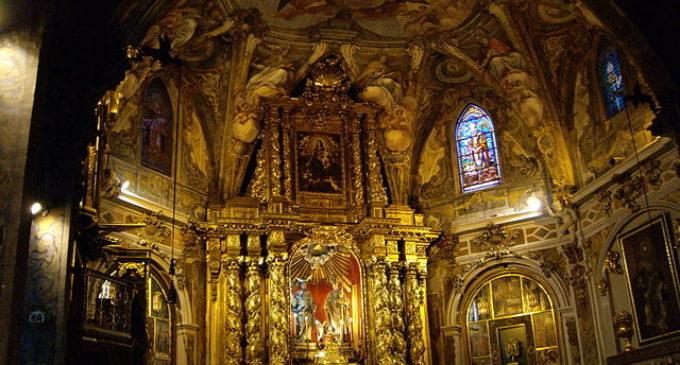 La processó del 'Santo Entierro' torna a Sant Nicolau