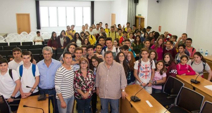 Els joves de Picassent tornen a protagonitzar el ple de l'Ajuntament