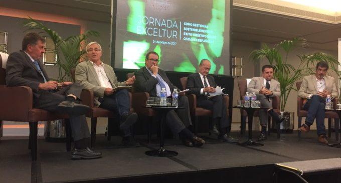 Ribó defensa a Madrid un model turístic per a València basat en la diversificació