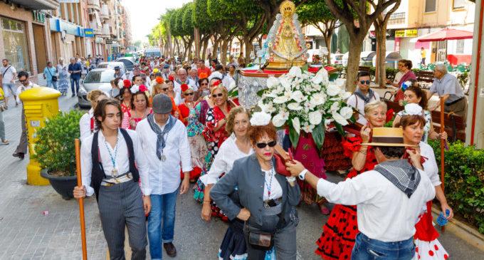 L'Associació Andalusa de Mislata celebra el romiatge a la Verge del Rocío
