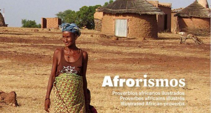 Lara Ripoll presenta el seu foto-llibre 'Afrorismos'