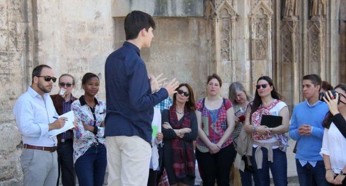 Els 6 millors equips de debat escolar d'Espanya contendran a València sobre un món sense fronteres