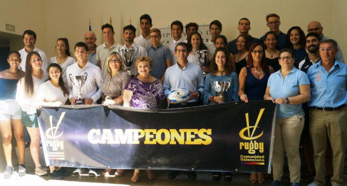 """Rodríguez: """"El rugbi conjumina els valors d'integració i treball en equip que practica la Diputació de València"""""""