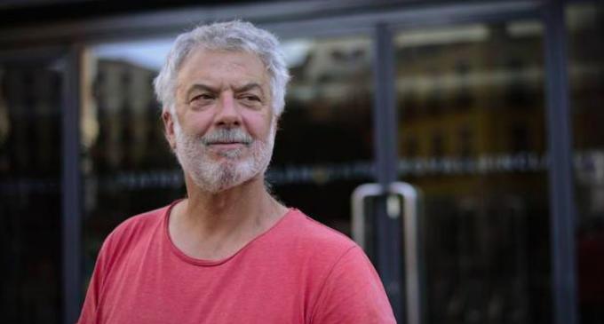 """Adolfo Fernández: """"amb l'obra volíem que Chirbes estiguera present amb nosaltres"""""""