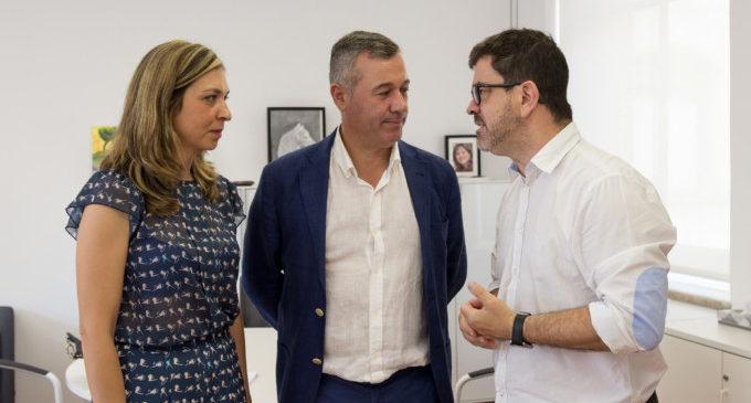 Emili Altur es reuneix amb els ajuntaments de Xeraco i Guardamar per a invertir a La Safor