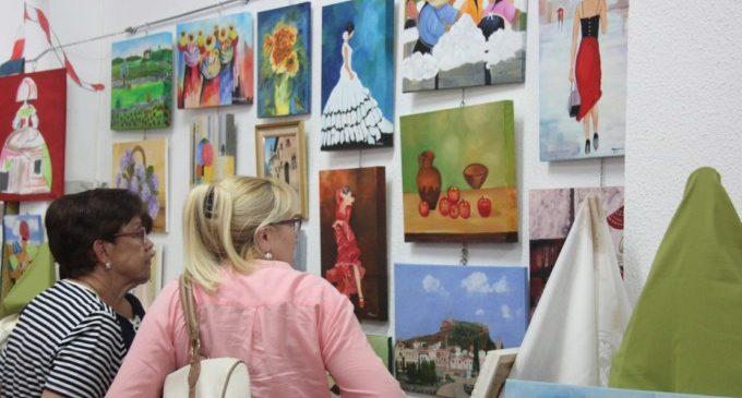 L'associació CREART celebra la seua fi de curs amb una exposició dels seus treballs
