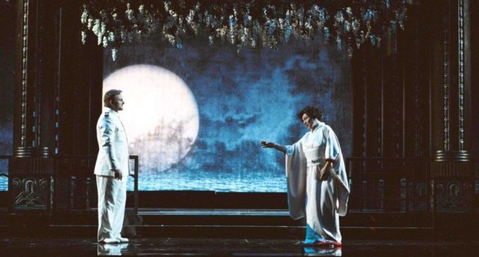 """Burjassot emet en directe, en el Tívoli, l'òpera """"Madama Butterfly"""" des del Teatre Real de Madrid"""