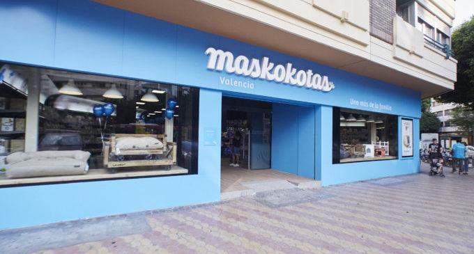 Maskokotas inaugura la seua primera tenda urbana amb una gran festa per a tota la família