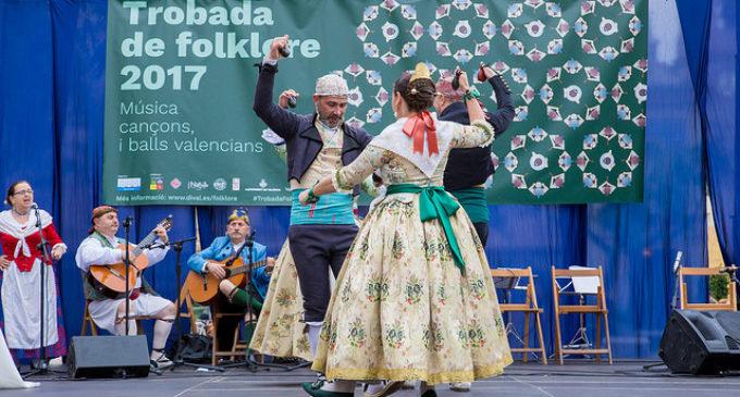 La Trobada de Folklore arriba a Vallés carregada de noves activitats i tallers