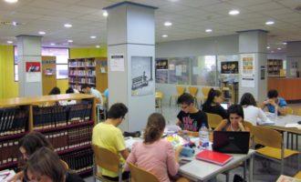 Xirivella destina 115.500 euros a ajudar les famílies en la compra de material escolar