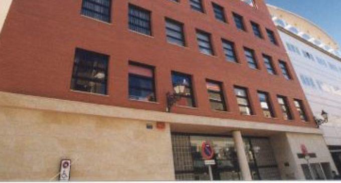 Consol Castillo anuncia l'entrada de 45 nous treballadors als centres municipals de serveis socials