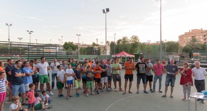 Picasset celebra les 24 hores de futbol sala amb un emocionat record a Jose Tronchoni