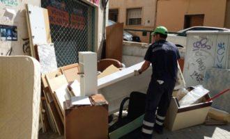 Burjassot comptarà amb servei de recollida de mobles i estris de dilluns a dissabte, 299 dies a l'any