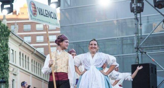 Les Folies de Carcaixent participen en el Festival de Folclore de Burgos