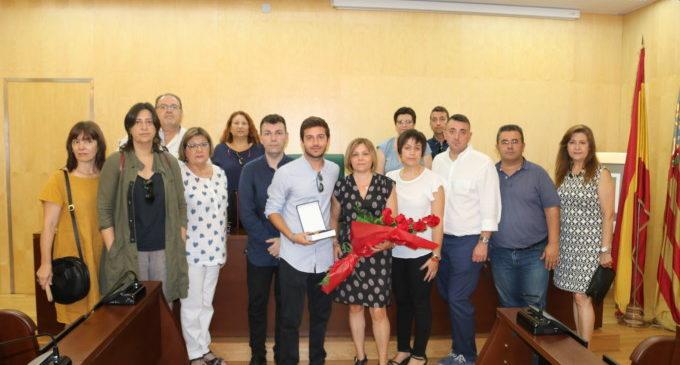 Catarroja lliura la medalla d'or de la vila a títol pòstum a Alberto Gradolí