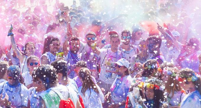 Esport i molt de color s'uneixen a Mislata amb la II edició de la Run Color Fest