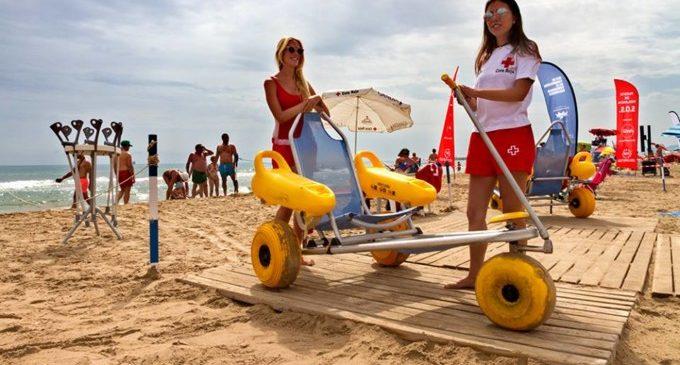 Les platges valencianes més accessibles gràcies al treball de Creu Roja
