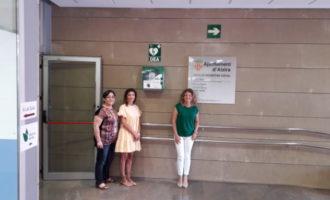 Alzira instala 8 desfibriladores en varios edificios públicos