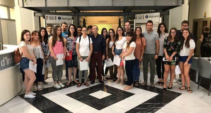 20 joves de Quart participen en el programa La Dipu Et Beca