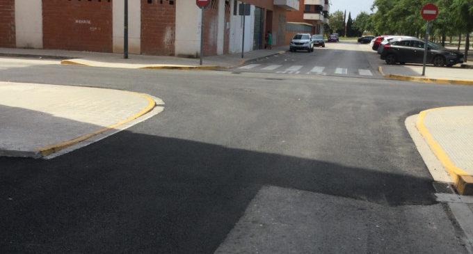 Massamagrell reasfalta diversos carrers gràcies al Pla de Camins i Vials de la Diputació de València