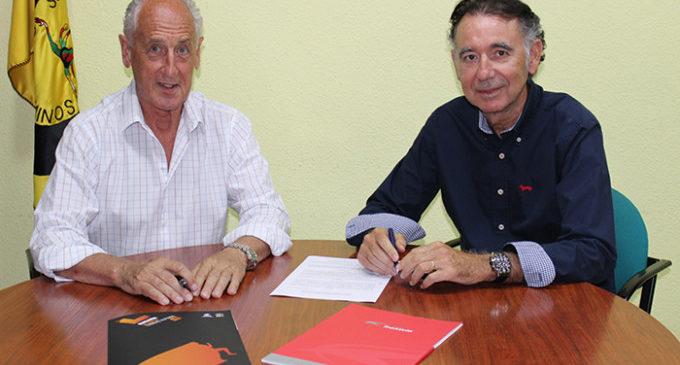 Viatges Transvia i SD Correcaminos renoven la seua aliança per a cuidar al turista esportiu