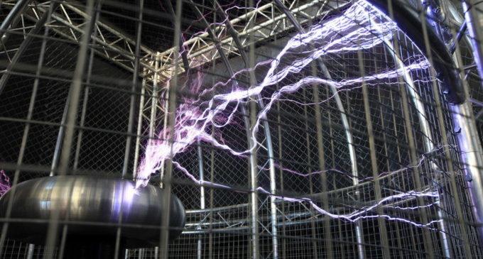 El Museu de les Ciències proposa una àmplia oferta de tallers interactius sobre electricitat, química o robots