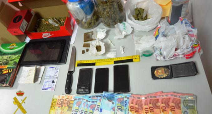 Desmantellat un punt de venda de droga a Catadau i intervé cocaïna, marihuana i haixix