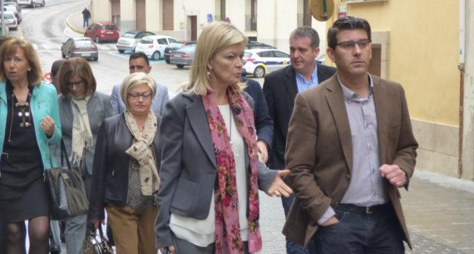 La consellera de Justícia i el delegat del Govern acompanyaran a Jorge Rodríguez a la Tribuna de l'Entrada de Moros i Cristians d'Ontinyent