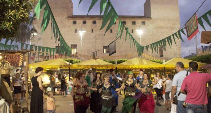 Alaquàs viu el gran Mercat de les Festes Majors