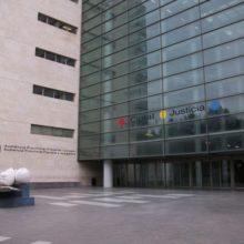 L'Audiència condemna a onze anys de presó a un home per abusar del seu germanastre de vuit anys