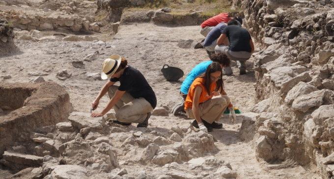 El jaciment de 'La Bastida de les Alcusses' és més antic del que es pensaba