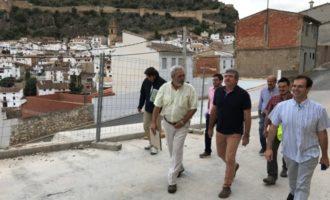 Chulilla estabiliza la ladera de la calle Nueva Apertura para evitar desprendimientos con la ayuda de la Diputación