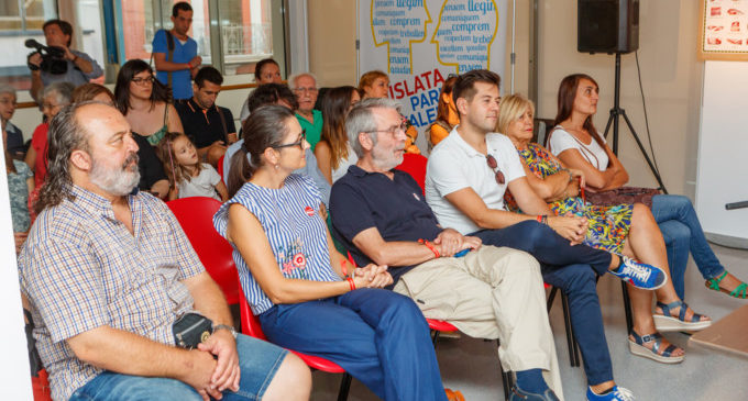 Mislata presenta el nou programa de voluntariat lingüístic i inaugura una exposició sobre el valencià