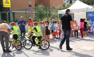 L'Ajuntament promou l'ús de la bici entre els escolars en el Dia Mundial sense Cotxes