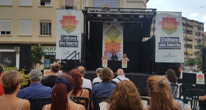 Dos mesos de cultura a 10 barris de València