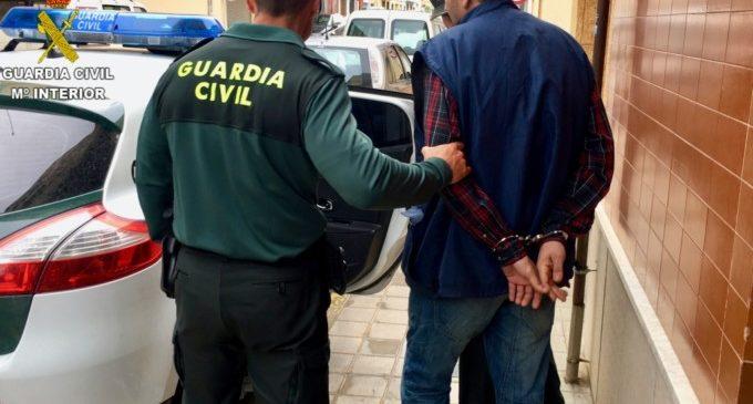 Detingut un home per un delicte d'abús sexual a menors de 16 anys en la província de València